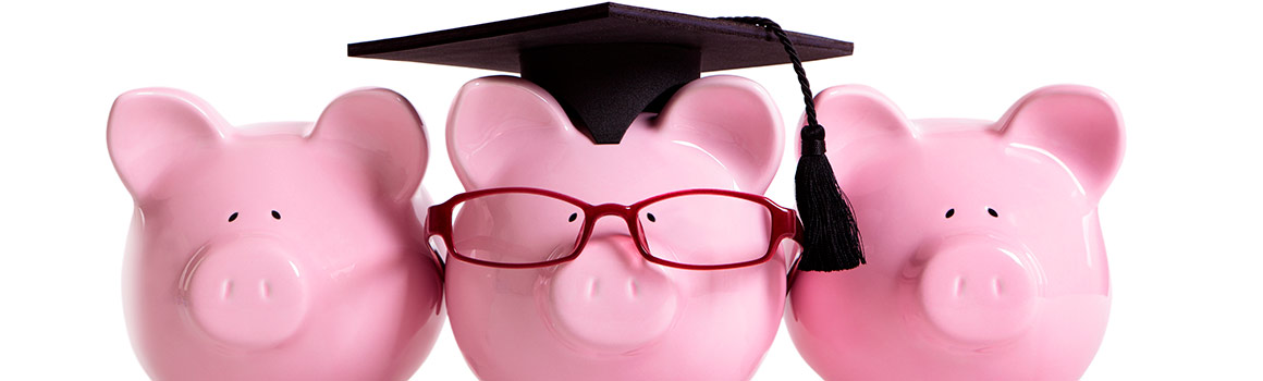 piggybanks wearing glasses and graduation cap
